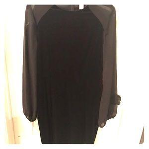 Black long sleeve velvet dress